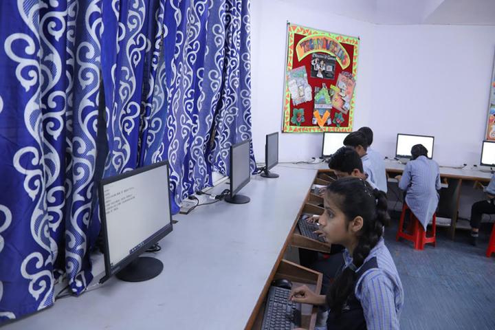 CRPF Public School-IT-Lab