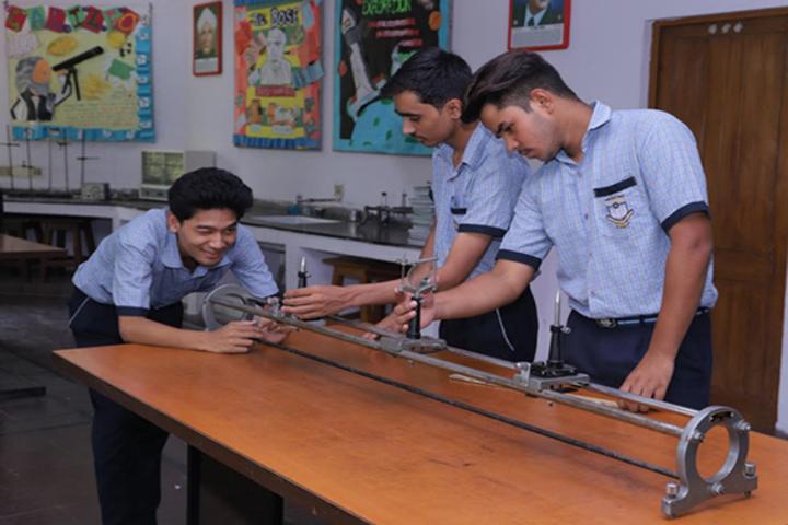 CRPF Public School-Physics-Lab