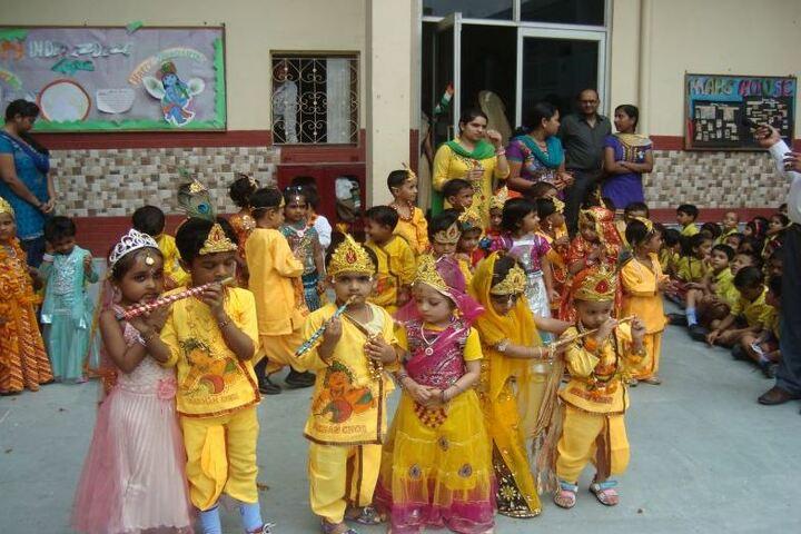 C R Saini Public School-Fancy Dress