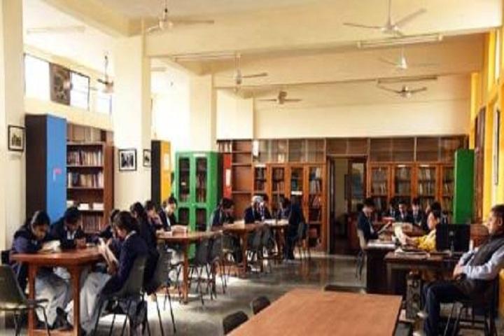 Cambridge School-Library