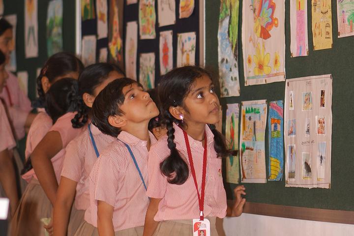 Little Woods School-Art Display Board