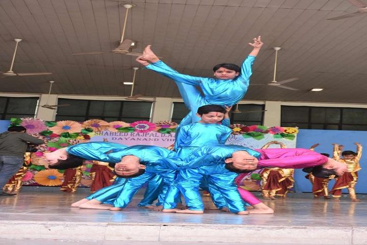 Shaheed Rajpal D A V Public School-Farewell