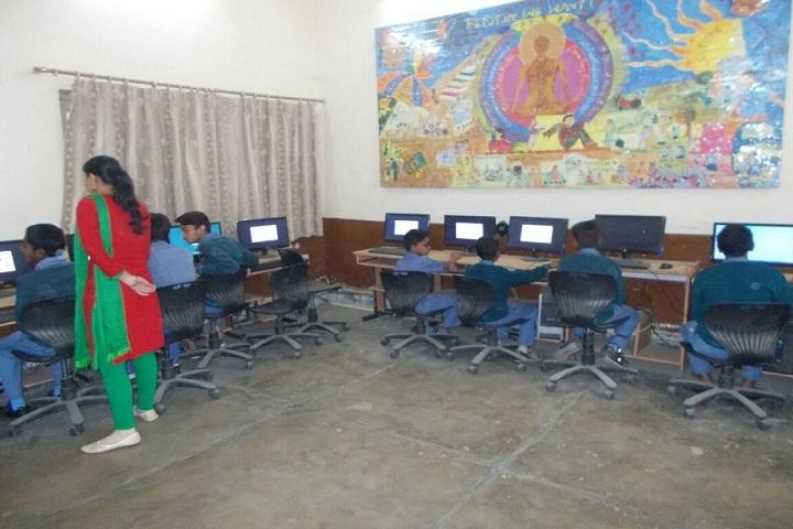 Diwan Chand Arya Senior Secondary School- Computer-Lab