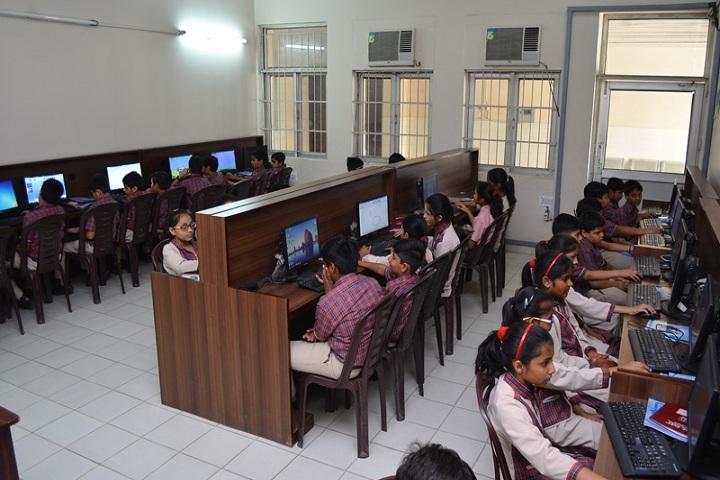 Darbari Lal DAV Model Senior Secondary School-Computer lab
