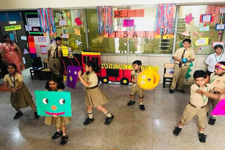 De Indian Public School-Activity