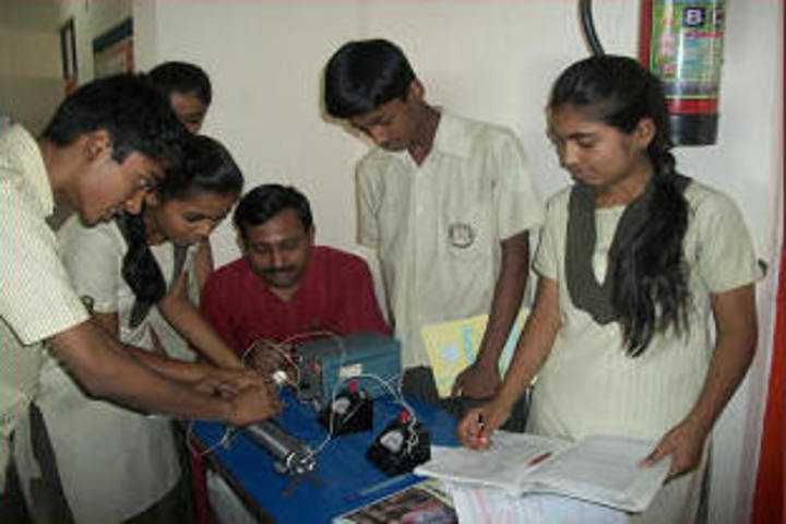 Deepalaya School-Physics Lab-1