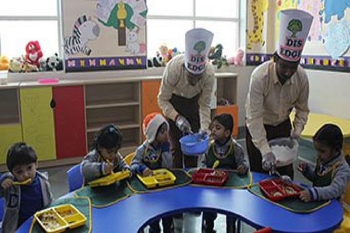 Delhi International School-Cafeteria
