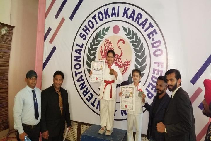 Delhi Public School-Champions