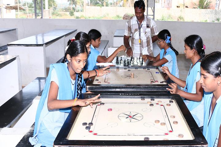 Mangal Vidyalayam-Indoor Games