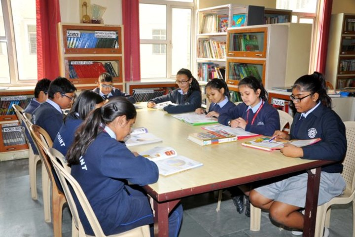 East Point School-Library