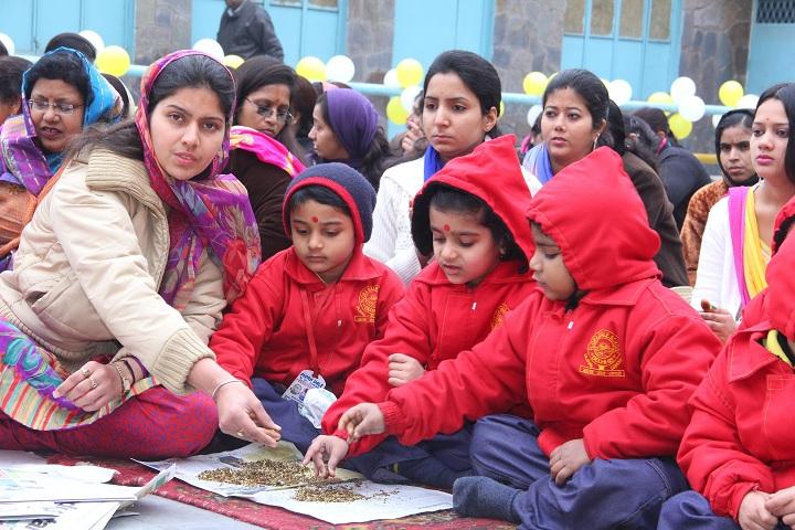 Flora Dale School-basant panchami