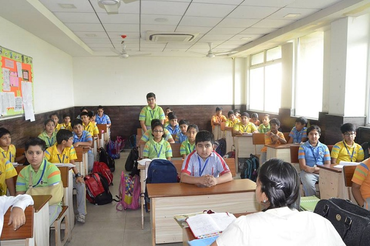 G D Goenka Public School-classroom1