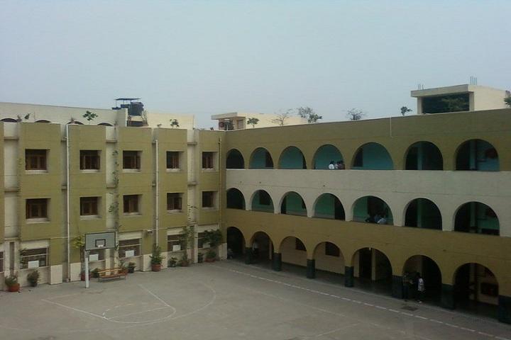 G L T Saraswati Bal Mandir-building