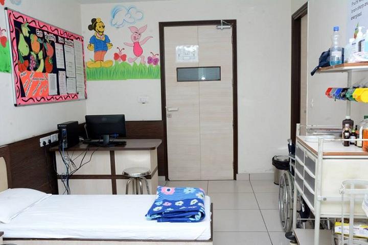 G D  Goenka School-Medical Room