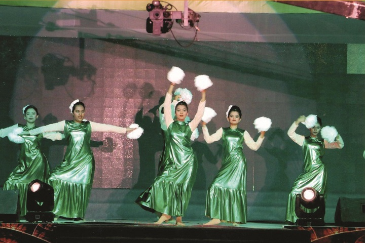 Ganga International School-Dance
