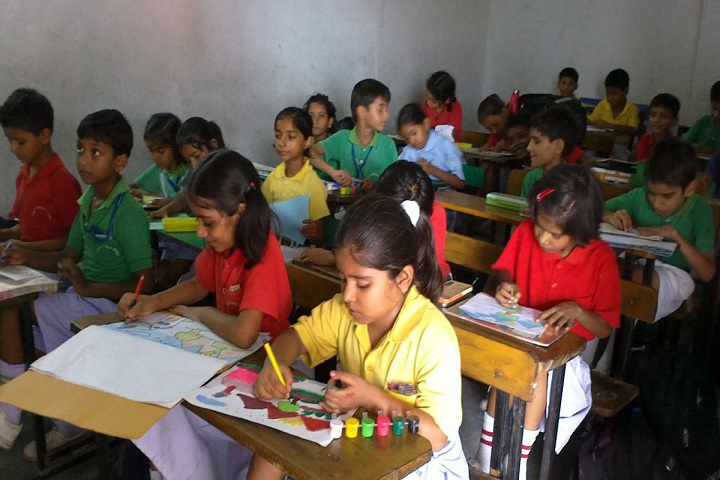Gold Field Public School-Drawing class