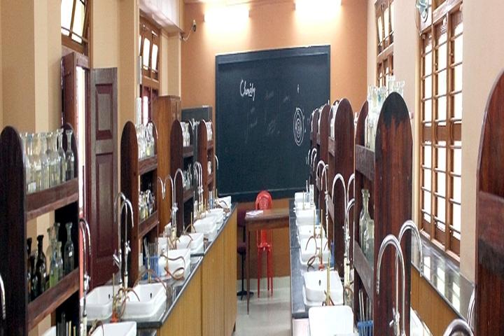 Carmel Senior Secondary School-Chemistry Lab