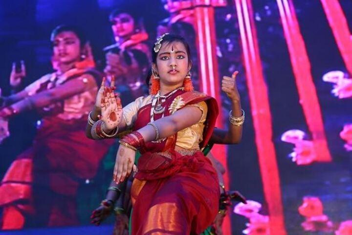 Narayana English Medium School-Classical Dance