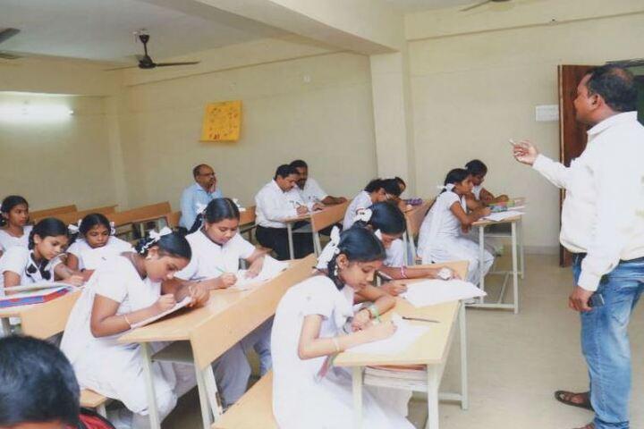 Narayana English Medium School-Classroom