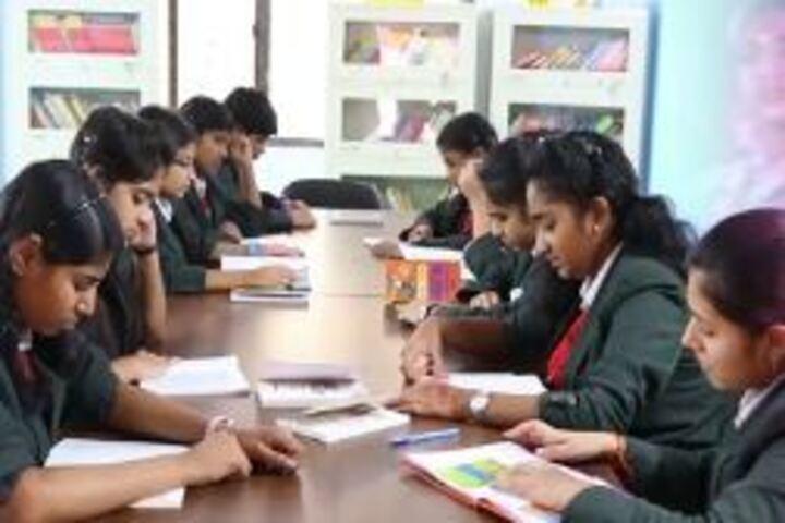 Narayana English Medium School-Library