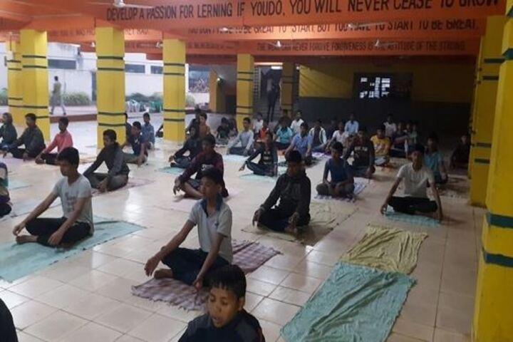 Narayana English Medium School-Yoga