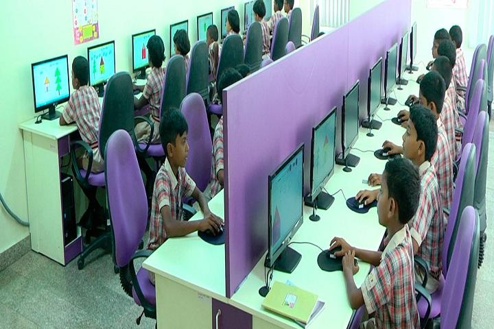 Navaneeta Public School-Computer Lab