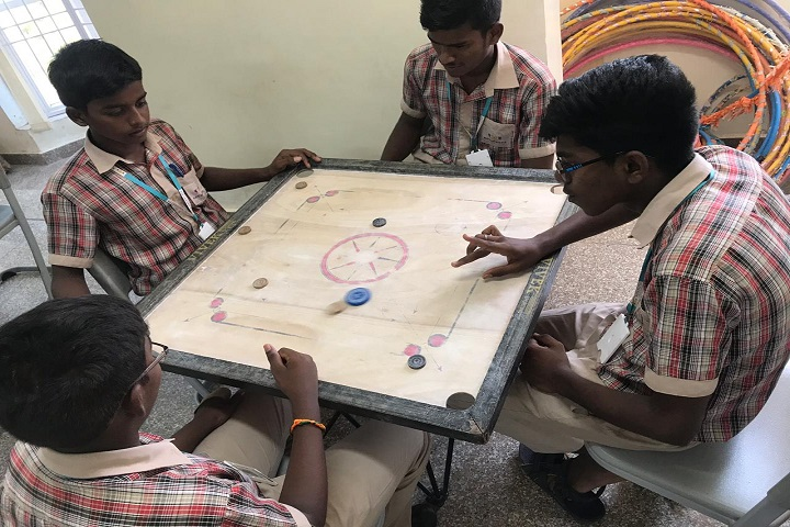 Navaneeta Public School-Indoor Games