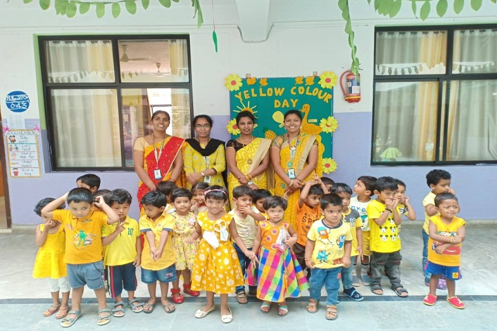 Pallavi Model School-Yellow Day celebrations