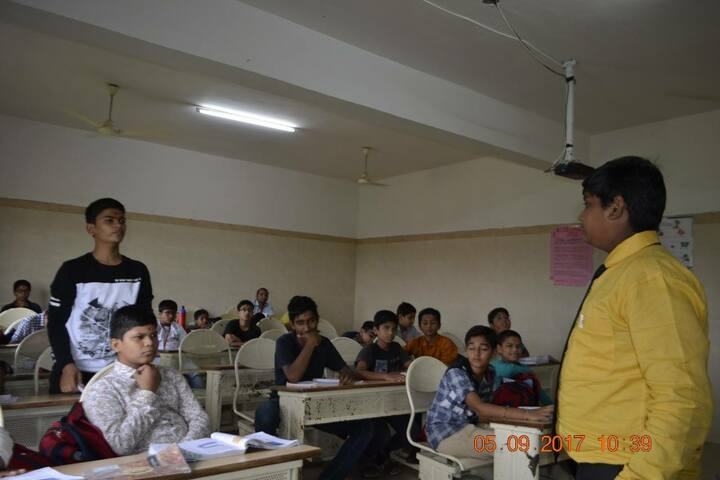 Shree Swaminarayan Gurukul International School-Classroom