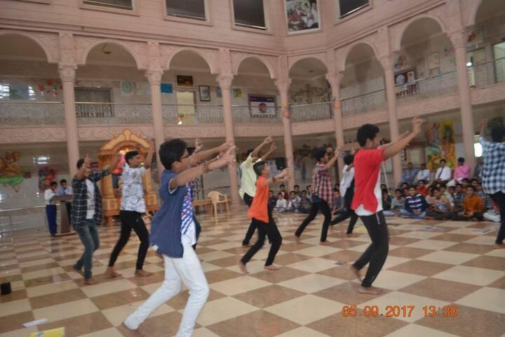 Shree Swaminarayan Gurukul International School-Events2