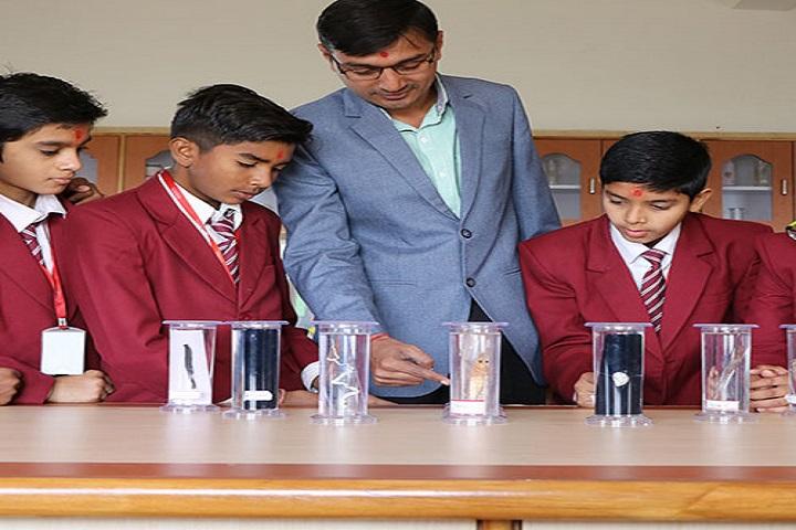 Shree Swaminarayan Gurukul Vidyalaya-Biology Lab
