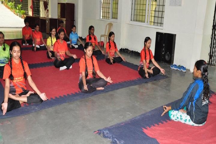 Slate The School-Yoga