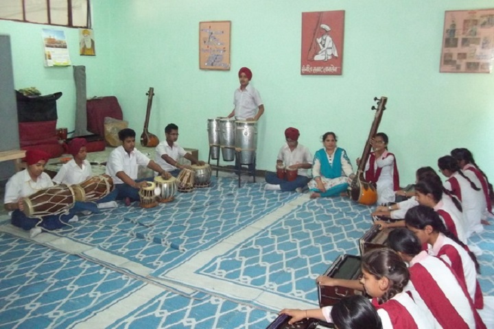 Guru Nanak Public School-Music room