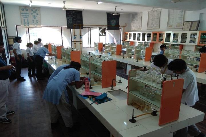 Gyan Bharati School-Chemistry Lab