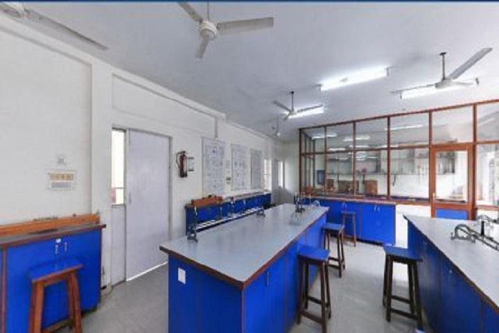 Gyan Devi Salwan Public School-Physics Lab