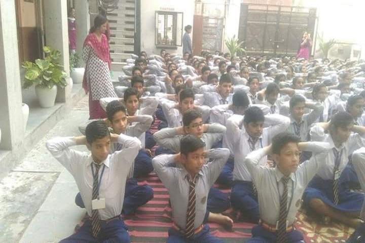 Hari Krishna Public School-Yoga