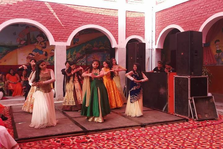 Hari Krishna Public School-Dance