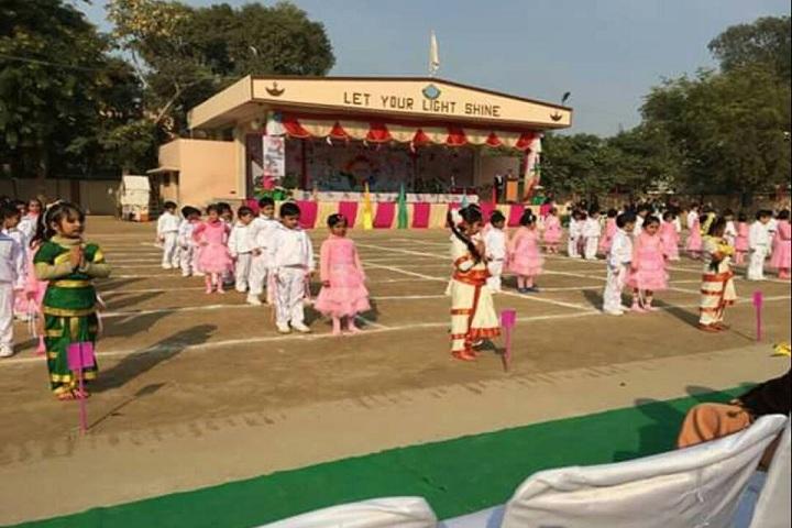 Holy Cross School-Dance
