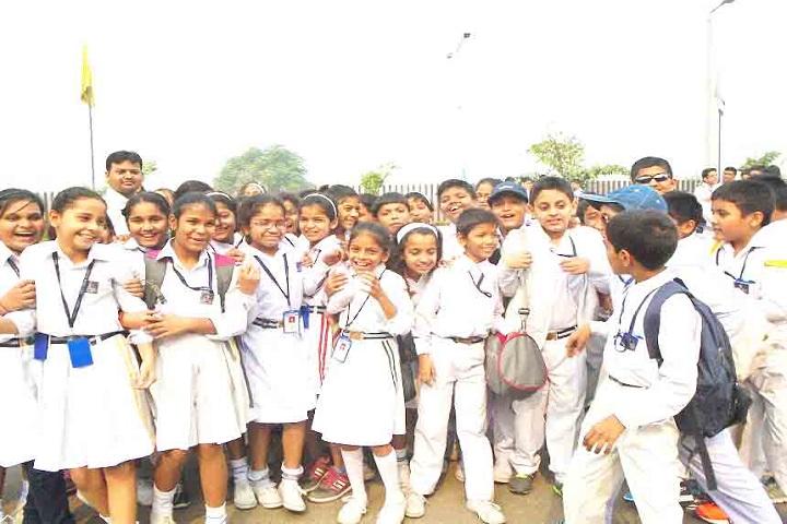 Holy Cross School-Students