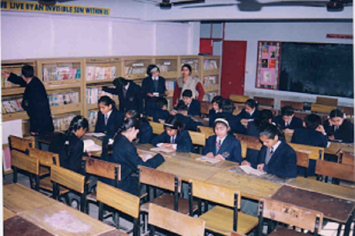 Holy International School-Library