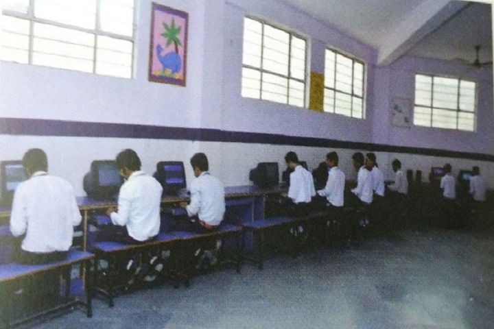 Holy International School-Computer Lab