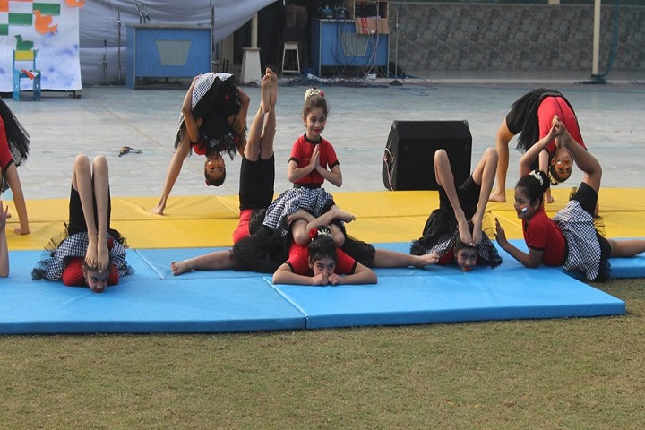 Indraprastha World School-Yoga