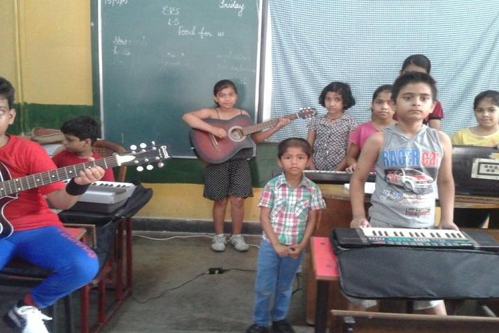 J D Tytler School-Music