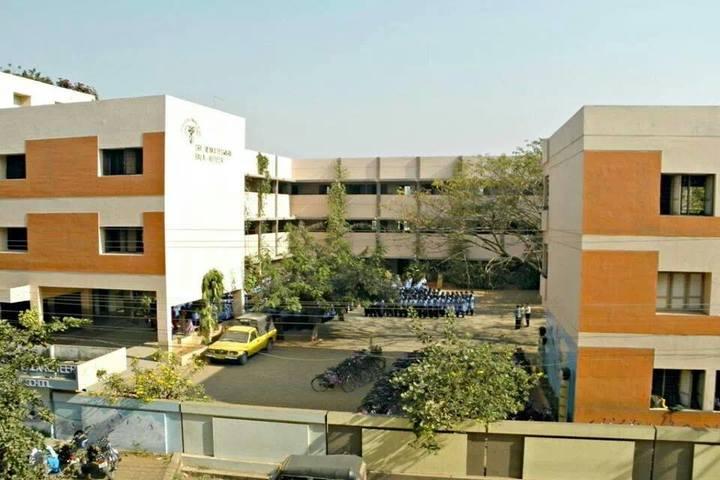 Sri Venkateswara Bala Kuteer-School Building