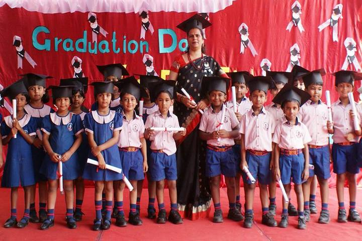 St Andrews High School-Graduation Day