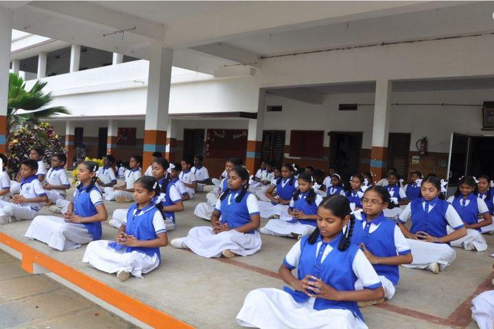 St Annes School-Yoga