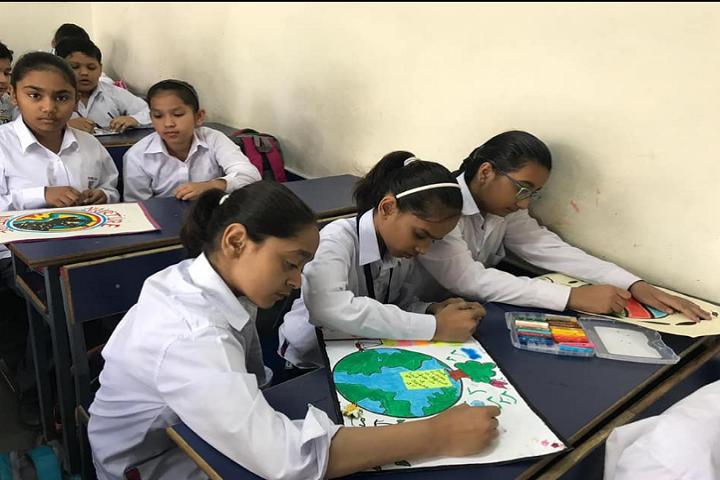 KIIT World School-Drawing room