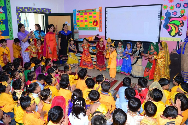 Lilawati Vidya Mandir Senior Secondary School-Janmashtami