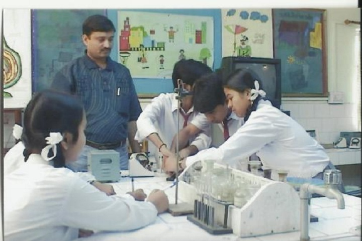 Lions Vidya Mandir Secondary School-Lab