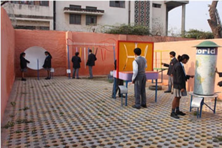 Maharaja Agrasen Model School-Science Park